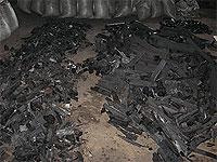 Древесный уголь перед упаковкой